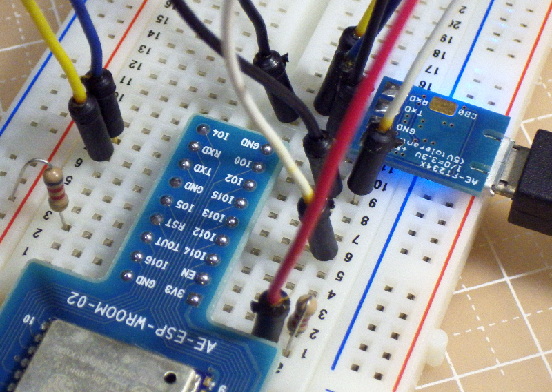 ESP-WROOM-02-breadboard-002.jpg